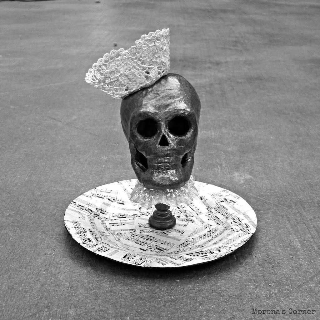 skull-queen-bw
