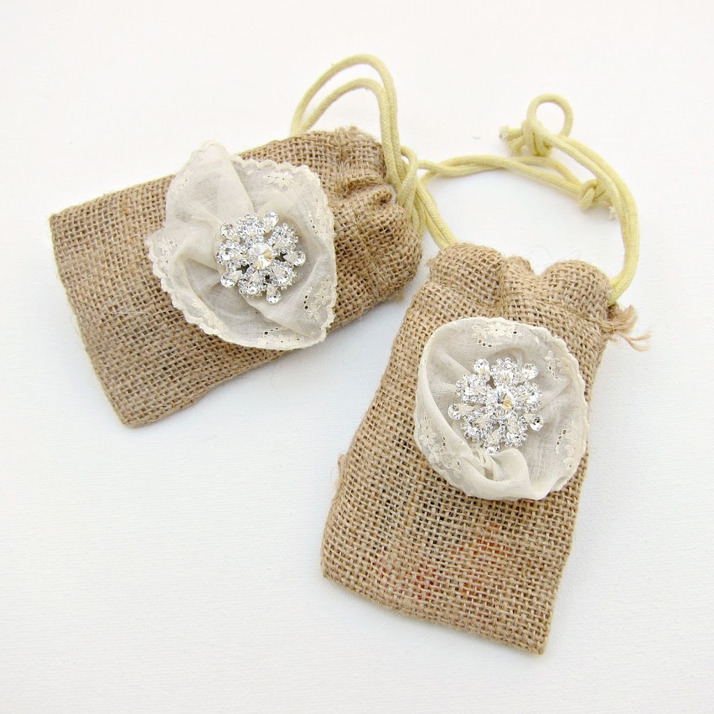 Diy burlap and bling favor bags morena 39 s corner for Wedding favor supplies