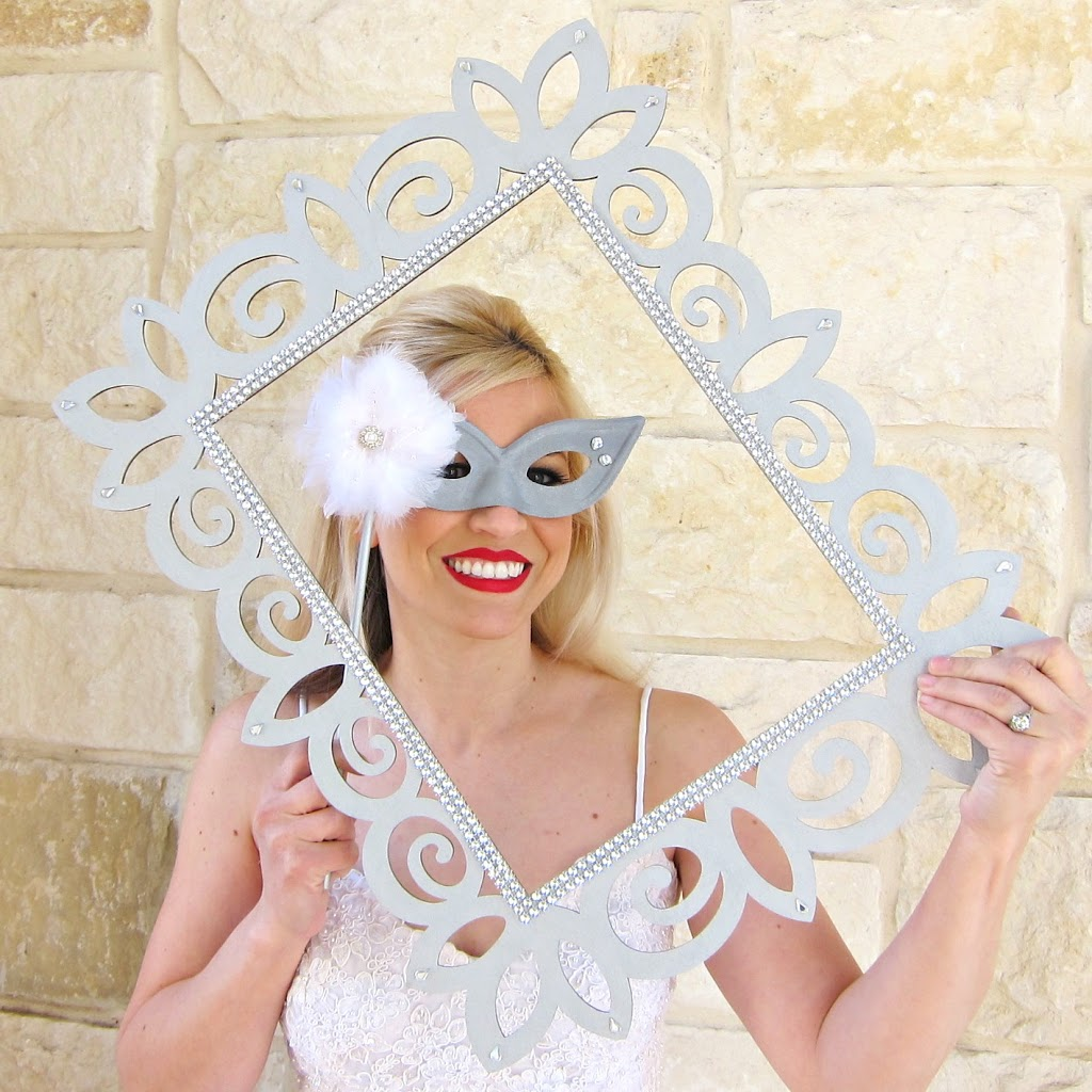 DIY Wedding Photo Booth Props Frames