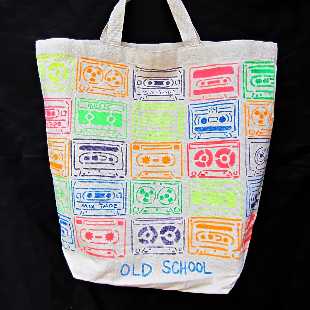 old school neon tote bag diy with tulip fabric paint morena 39 s corner. Black Bedroom Furniture Sets. Home Design Ideas