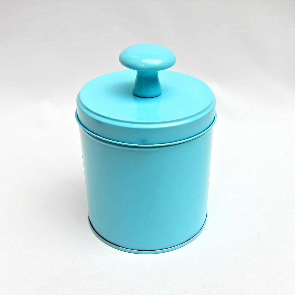 Make decorative storage containers from recycled tins for Can you recycle cookie tins