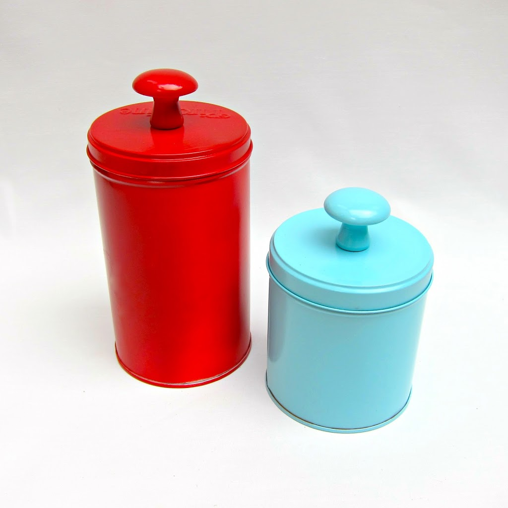 Recycled-Tins-for-Storage