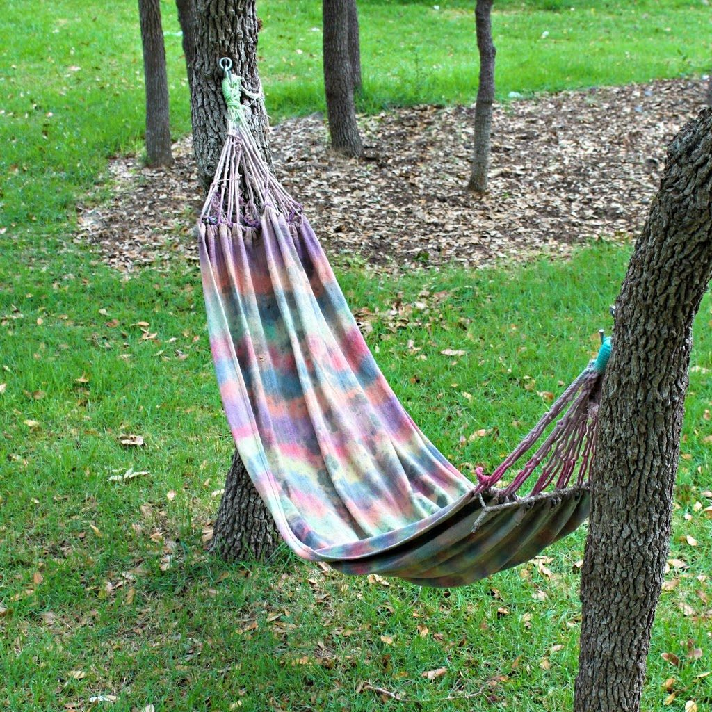 Make your own tie dyed hammock morena 39 s corner - How to make hammock at home ...