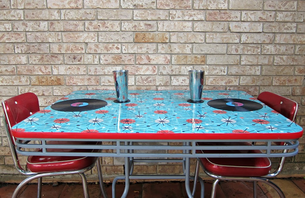 How To Refinish A Dining Table With Fabric Mod Podge And Resin Morena S Corner