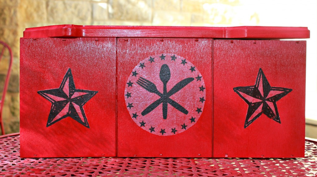 Combine unfinished wood crates with a trendy wood arrow to create your own spice caddy that's perfect for the kitchen or for you BBQ grill!
