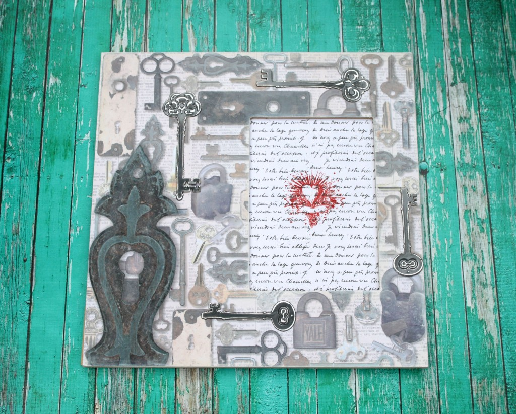 "Make a ""key to my heart"" frame to decorate with or to give as a gift. Learn simple techniques for transforming an unfinished frame."
