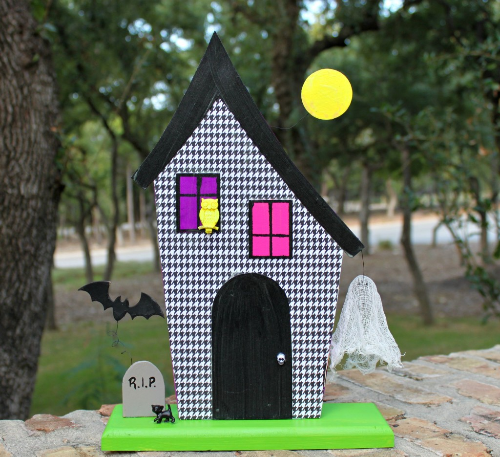 make a glowing 3d haunted house morenas corner