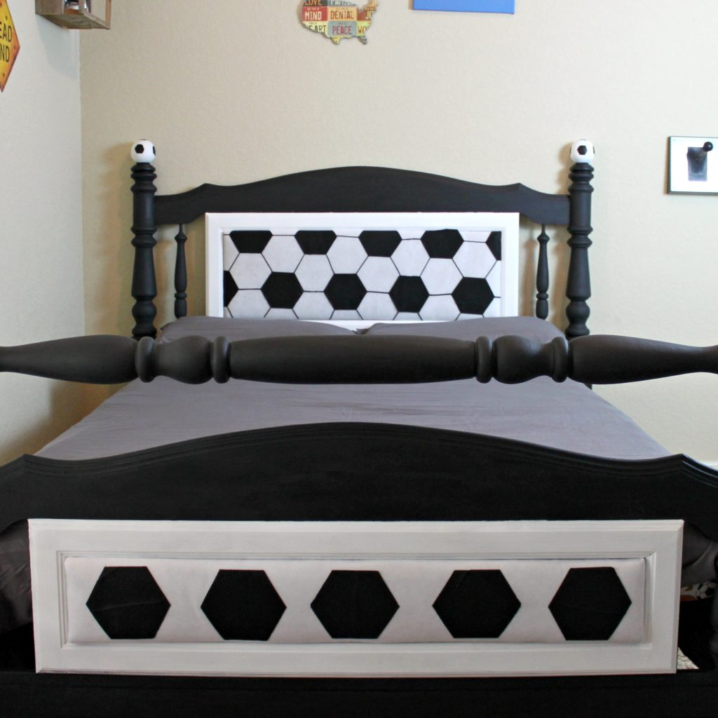Give a thrift store bed a completely new look with this makeover project:  create a unique and eye catching soccer bed.  Goal!!