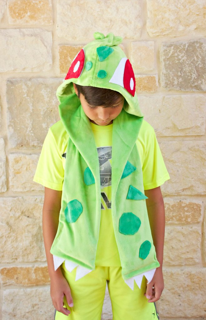 bulbasaur scarf DIY