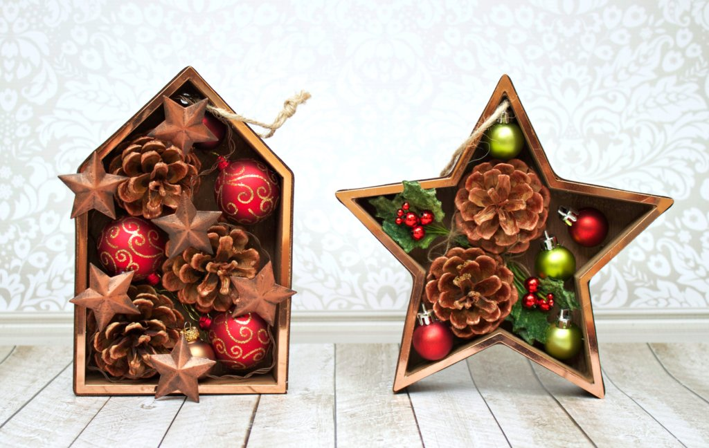 Make Christmas shadowbox ornaments to give as gifts.
