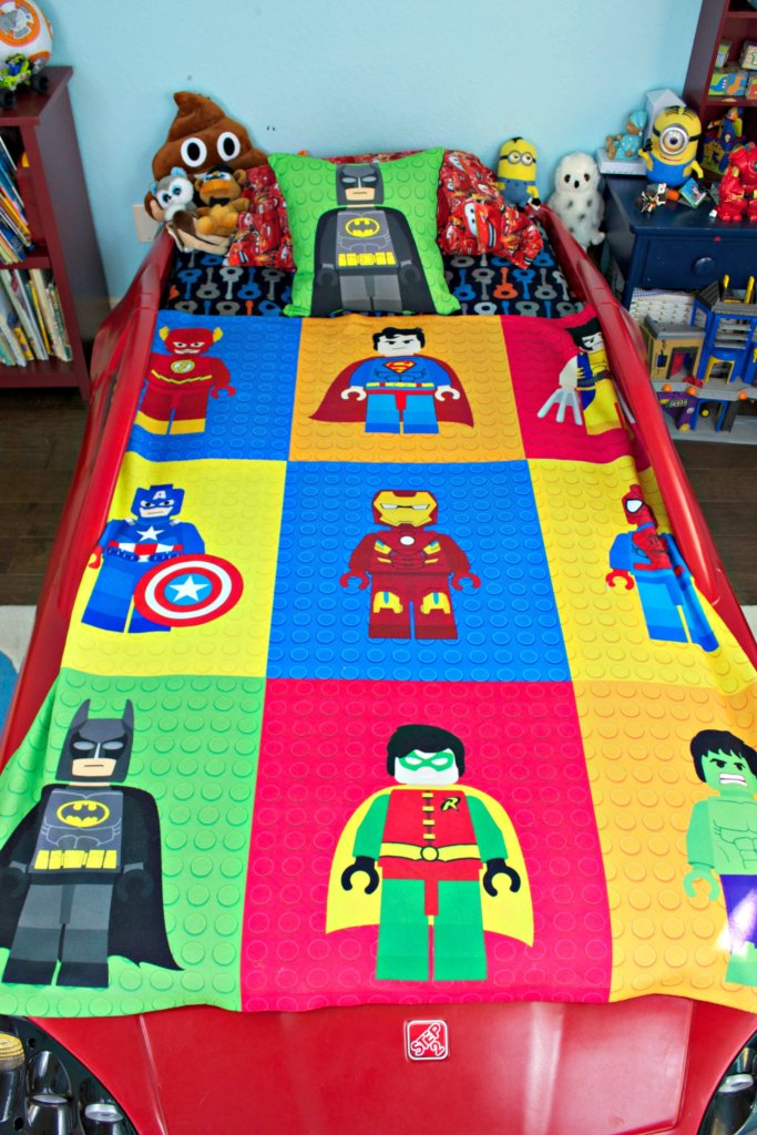 Lego Throw Pillow And Blanket Set : Lego Batman Pillow and Throw Blanket for Max s Superhero Room - Morena s Corner