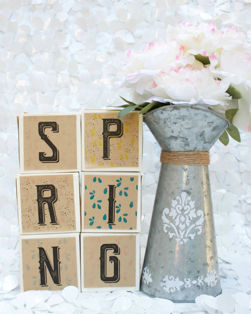 My secret to quickly making these wood word blocks? Save time by printing on kraft adhesive labels! Get the look without all the mess of liquid adhesives.