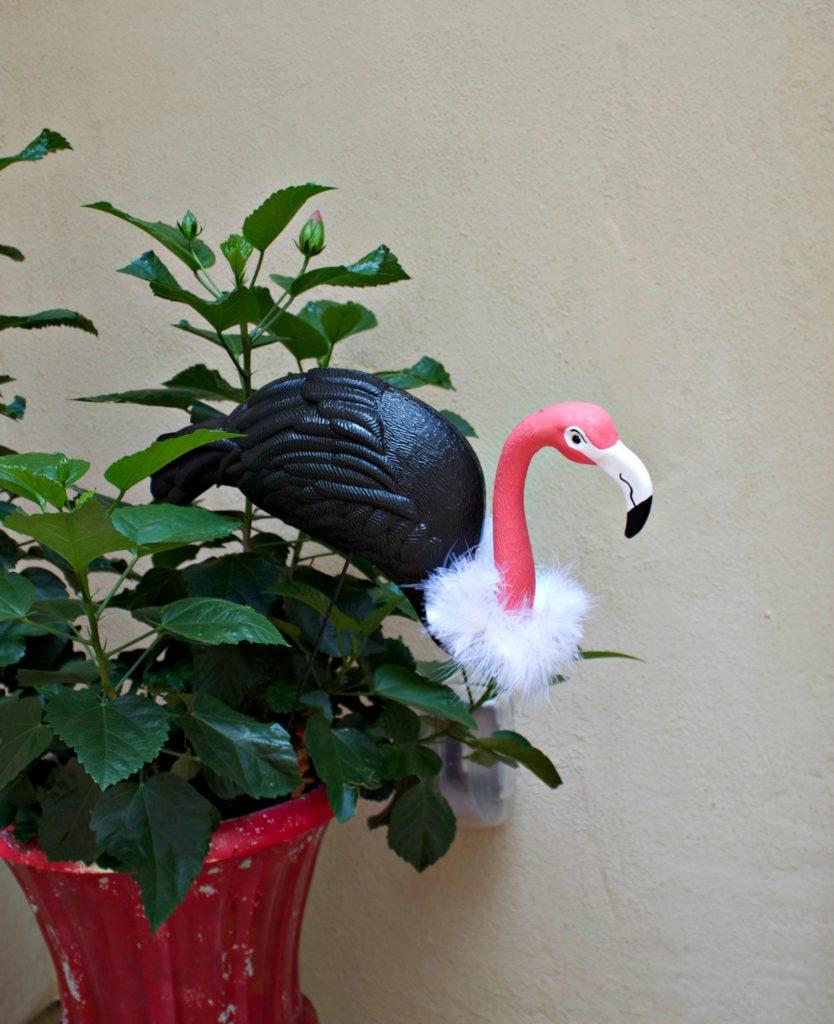 flamingo vulture craft for halloween decorating - morena's corner