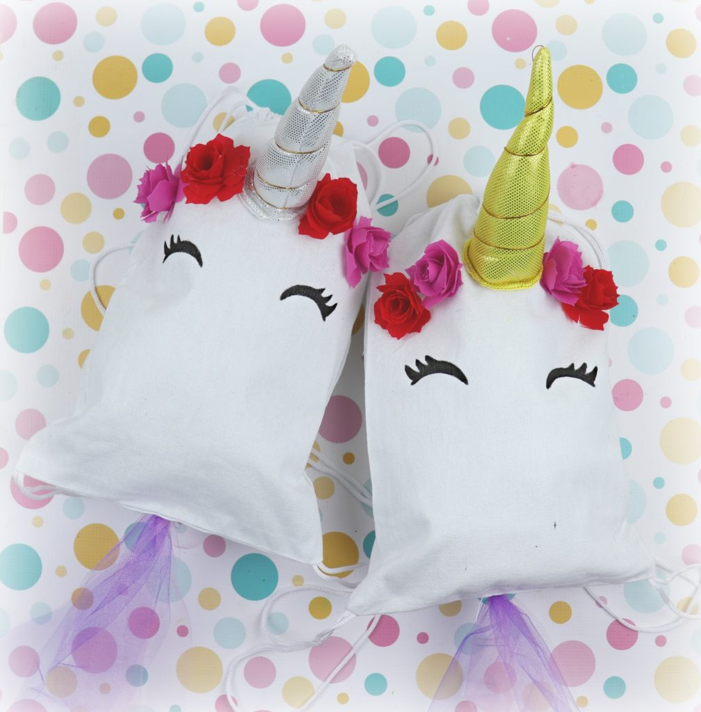 Who doesn't love unicorns?  This adorable unicorn drawstring bag is quick to make and is perfect for birthdays and parties.