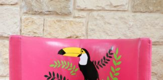 Vinyl Toucan Chair Tutorial: Fun Summer Seat